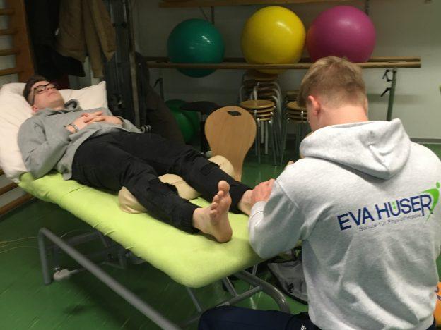 Unsere Erste Fortbildung an der Eva Hüser Physiotherapieschule – Fußreflexzonenmassage